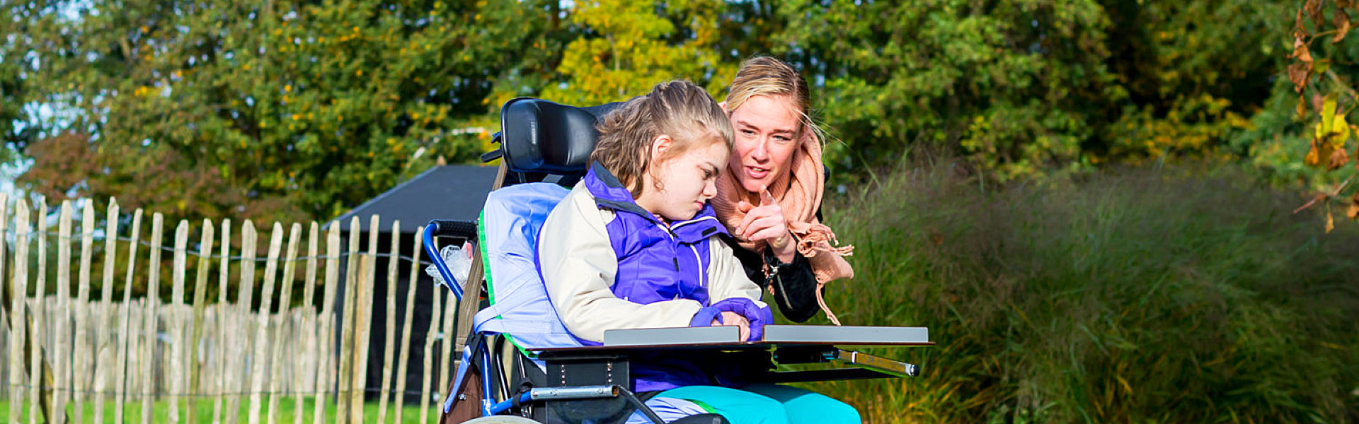 disabled kid with her sister